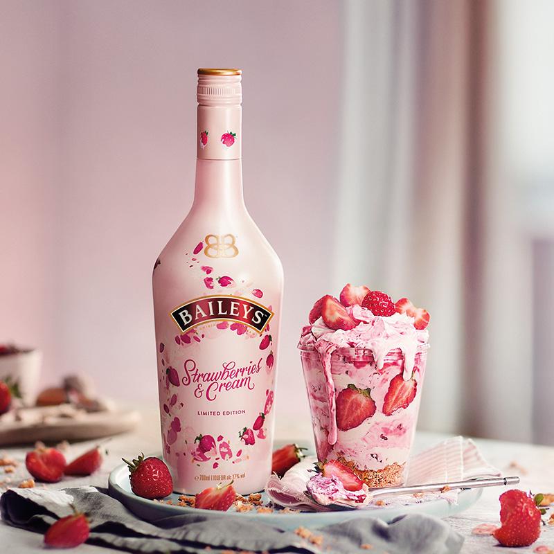 Baileys 百利甜酒 草莓味 750ml*2件 凑单折后¥218.47包邮 咖啡味可选