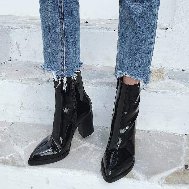 2019秋冬新款欧美粗跟尖头高跟短靴女显瘦百搭马丁靴侧拉链靴子