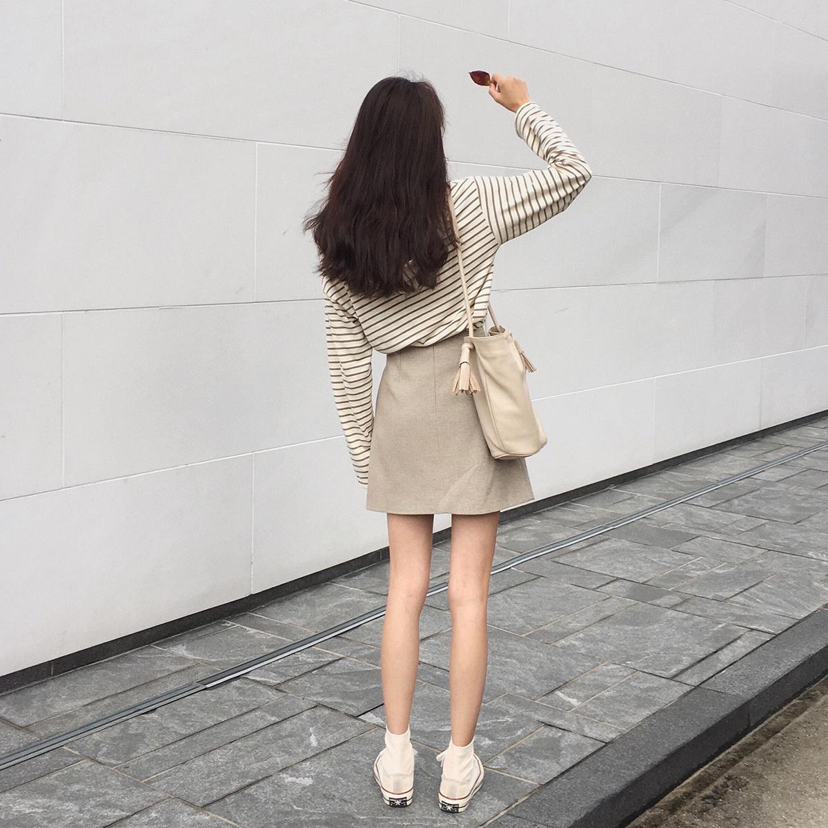 d16367198 Fan Zhi Qiao Korean version of the high waist a word skirt female plaid  skirt fashion ins Super fire skirt step skirt short skirt autumn