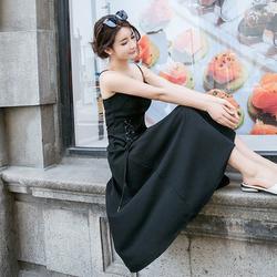吊带连衣裙女中长款2017夏季新款侧系带收腰小黑裙高腰修身大摆裙