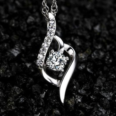 S925银项链轻奢小众设计感女款闺蜜情侣吊坠2021年新款锁骨链首饰