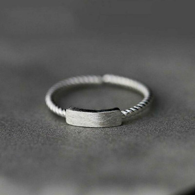 Xiao Zhang's story vintage design S925 sterling silver word open ring ring girl ring fashion twist index finger ring