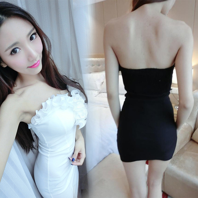 Sexy women's 2017 summer new topless nightclub halter sweet bra low cut tight hip package dress