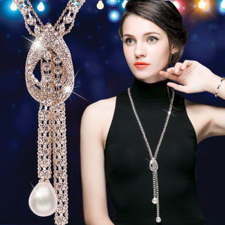 Retro long section of decorative pendant jewelry Korean woman with one hundred luxury crystal pendant necklace Europe
