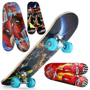 新款初學者兒童四輪閃光滑板車