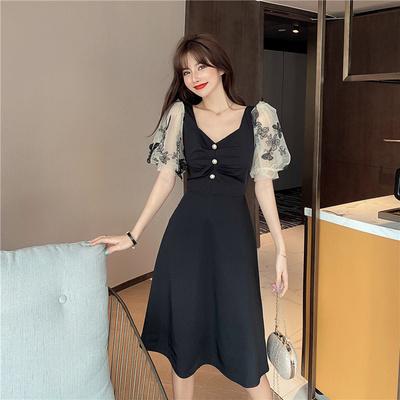 夏装2020年新款时尚设计感小众泡泡袖收腰显瘦大摆短袖连衣裙女潮