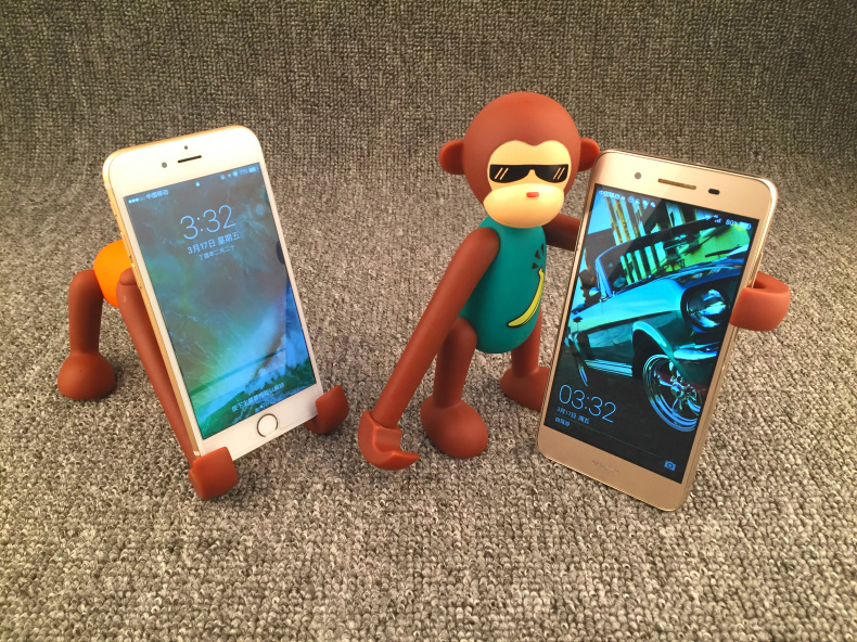 Armor King Cute Monkey Toy Adjustable Digital Support for 3.5-6 inch Phones & 7-10 inch Tablets
