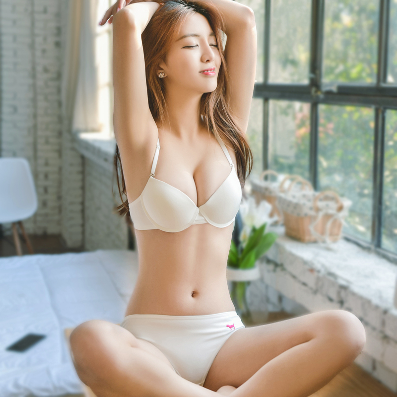 USD 26.97] Elegant girl lingerie bra set Japanese students cotton bra sexy  cute small chest gathered high school students - Wholesale from China  online shopping | Buy asian products online from the