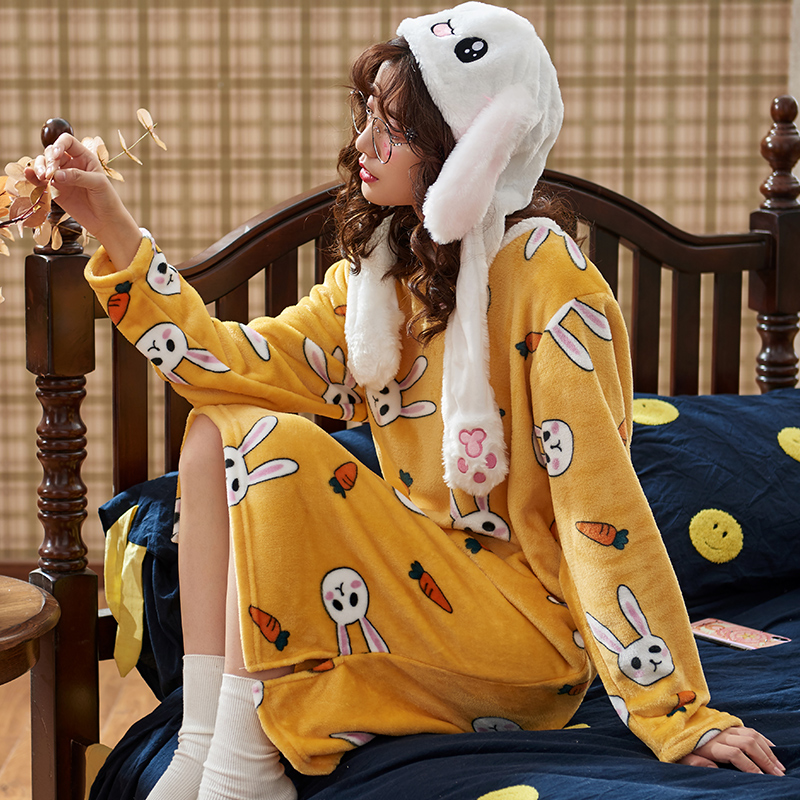 (用5元券)睡裙女秋冬季珊瑚绒长袖长款过膝家居服宽松睡衣女加厚保暖法兰绒
