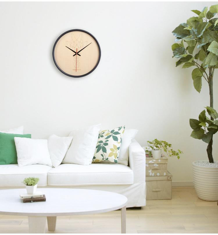 比木挂钟现代创意动物钟表客厅静音圆形时钟挂钟铁艺装饰石英挂钟