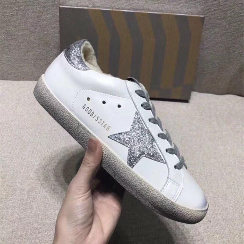 情侣同款运动鞋女2019新款星星复古做旧明星小脏鞋韩国网红小白鞋