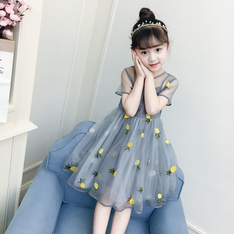 Girls summer dress 2-3 44 556667 to 8 years old primary school girl Korean version of the Yangqi princess dress.