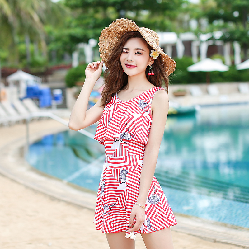 68edc10aa696c Couple 2019 new swimsuit women's skirt-style conjoined belly slimming  conservative steel plate small chest gathered hot spring bathing suit