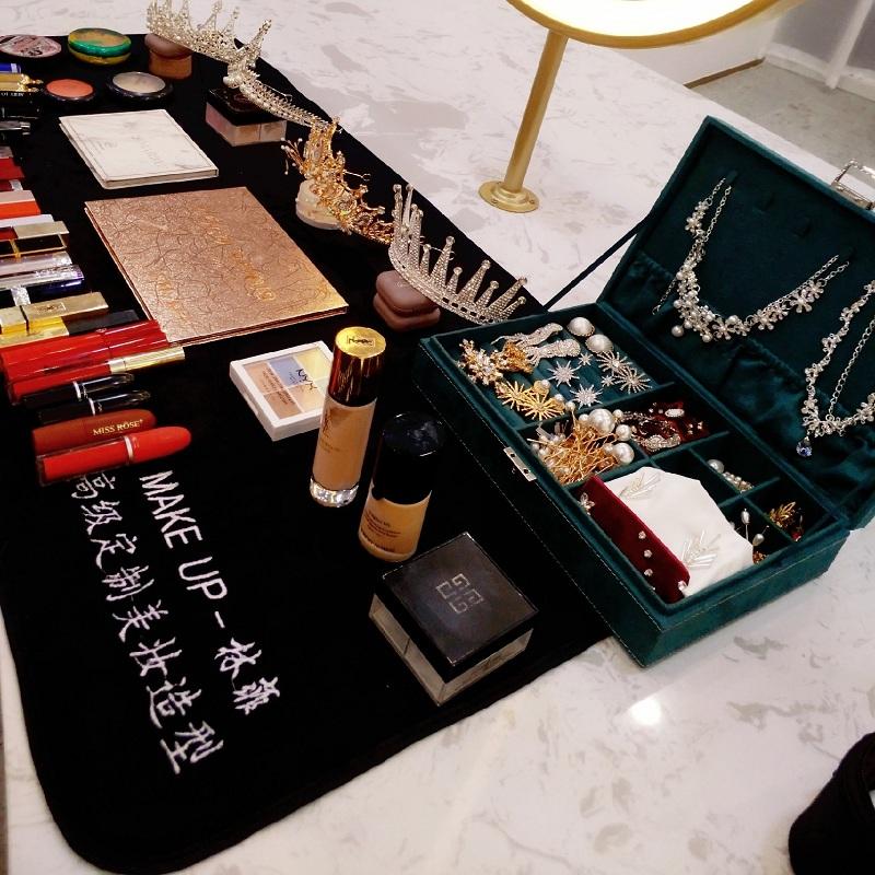 绣制印logo定制化妆师专用化妆台梳妆台黑色加大毛巾垫布台布桌布