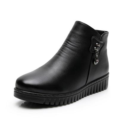 妈妈鞋棉鞋女鞋冬季短靴中年保暖加绒软底中老年防滑舒适老人皮鞋