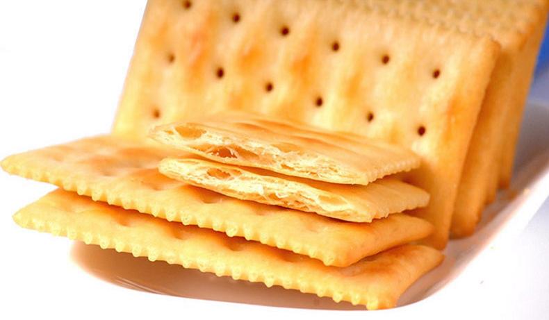 每日生机酵母奶盐苏打饼干咸味梳打饼香葱味碱性孕妇零食小包装商品详情图