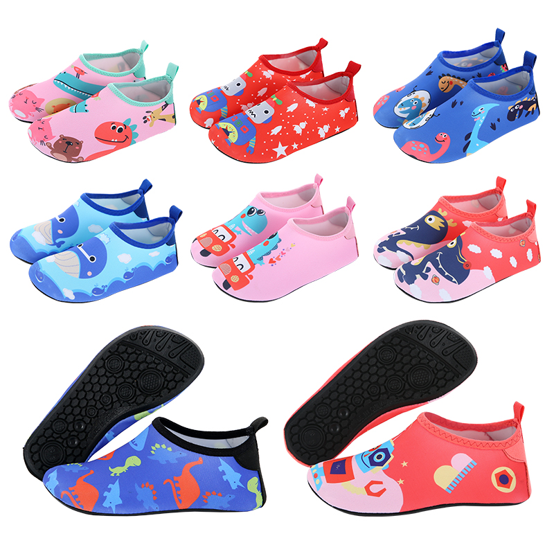 Children's beach shoes socks Thailand diving snorkeling men and women wading swimming anti-slip anti-cut skin-to-skin outdoor backing stream soft shoes
