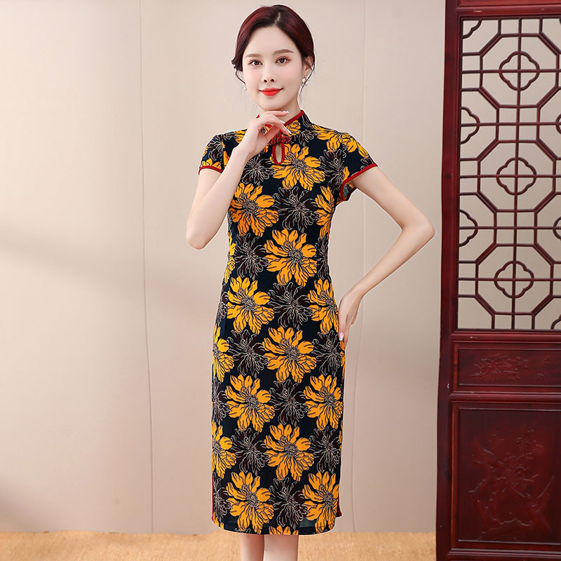 Middle-aged ladies mother dress summer dress middle-aged women's summer short-sleeved quality cheongsam qi dress