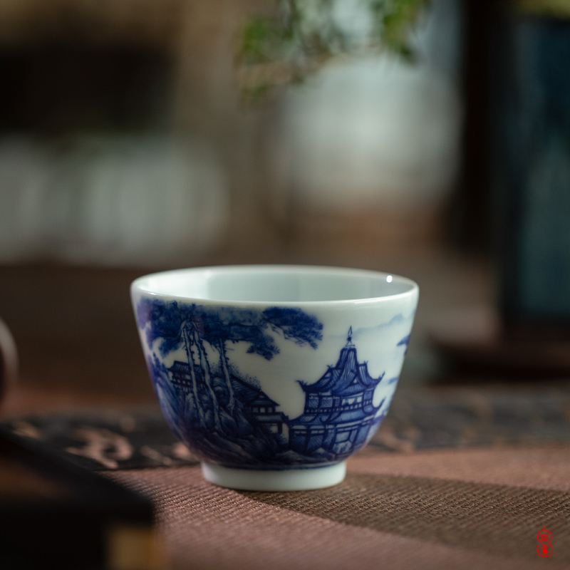 Day green room blue and white painting landscape cup of jingdezhen ceramics by hand, the high - end personal special cups sample tea cup