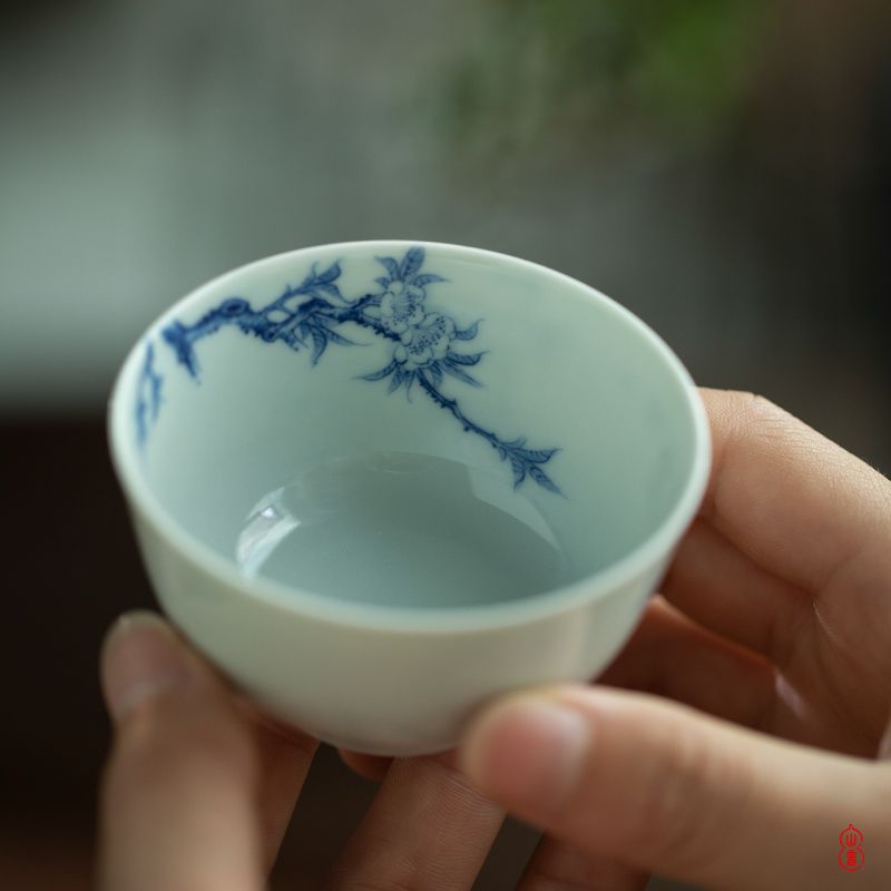 After the rain the world April day master cup jingdezhen high temperature ceramic teacups hand - made porcelain cup master