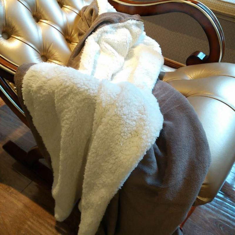 正方形来图睡袋睡毯床单水晶双人床冬季毛毯绒猪猪粗线洗头床超大