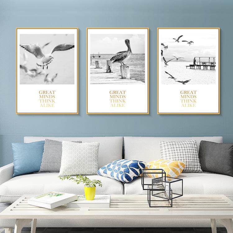 北欧卧室沙发现代简约风景海鸥大海客厅挂画v卧室装饰画餐厅三联