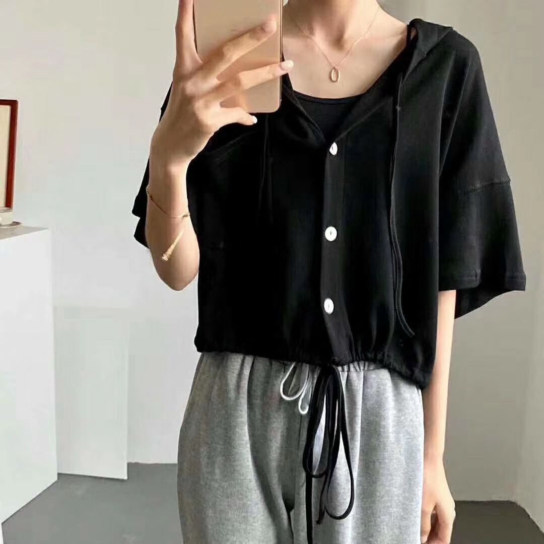 Áo dài mùa hè châu Âu mới 2020 phụ nữ hem dây rút ngắn tay áo len lỏng áo len hoang dã áo khoác ngắn giản dị - Áo len
