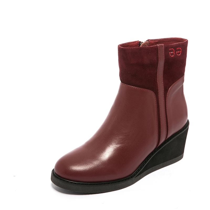 红蜻蜓牛皮正短靴新款坡跟专柜拼接时尚女女靴C78133