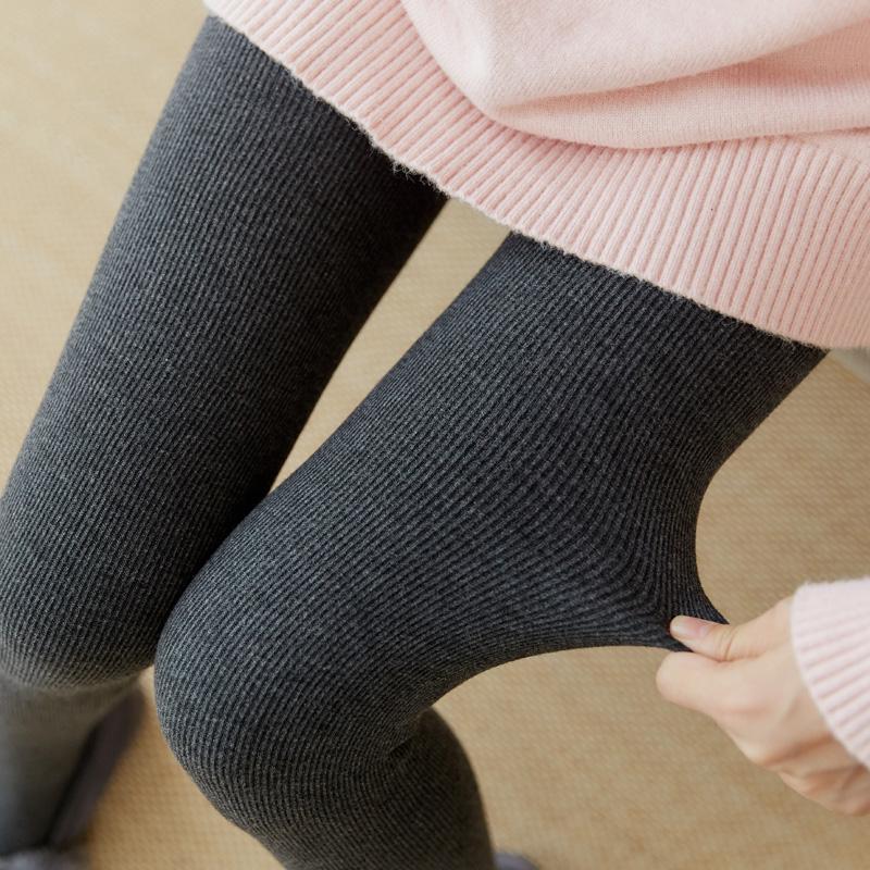 2019新款打底裤加绒加厚条纹踩脚a打底灰色竖螺纹显瘦棉连脚女外穿