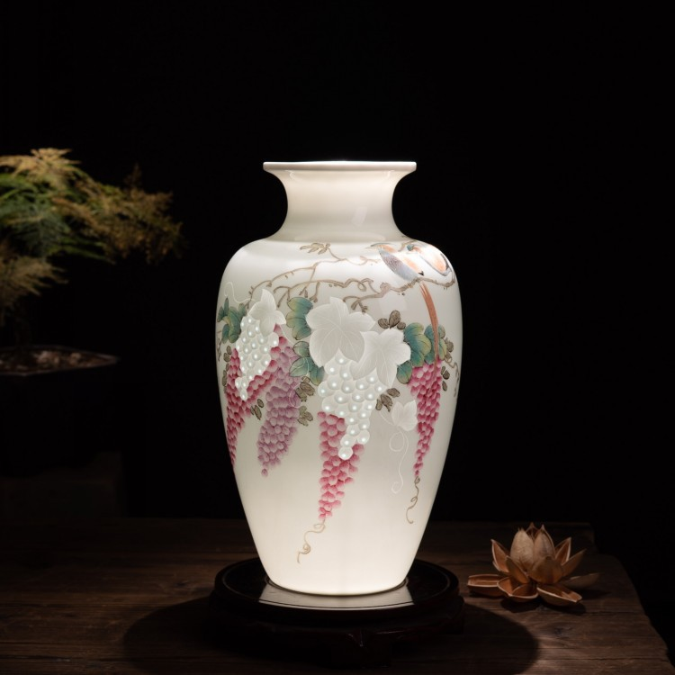 Jingdezhen ceramics vase hand - made thin foetus gift porcelain flower arranging, furnishing articles of the new Chinese style home sitting room adornment