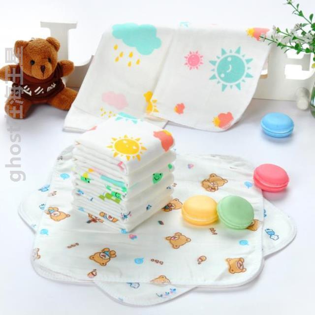 Khăn choàng bé gái kiểu túi mỏng tiện lợi cho bé gái Đồ dùng cho bé túi nước bọt cá tính chống bẩn bé gái - Cup / Table ware / mài / Phụ kiện