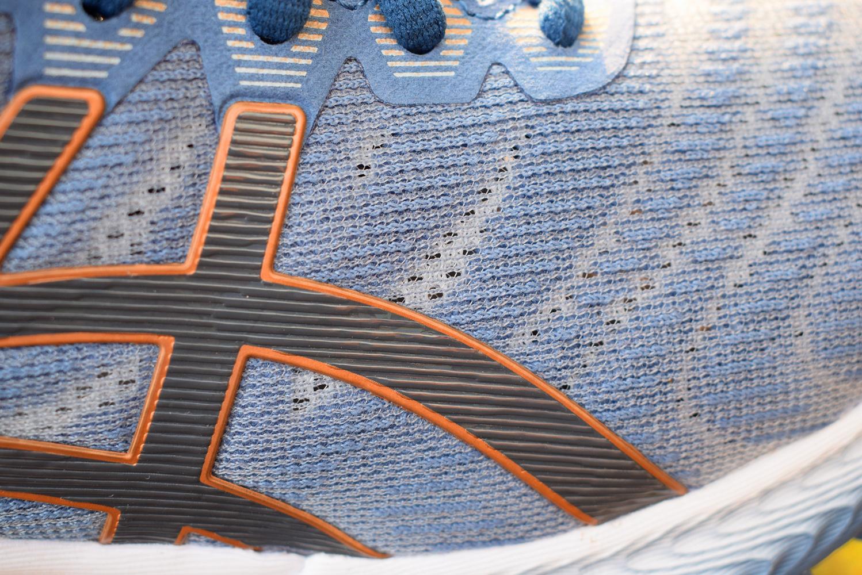 Nimbus22跑鞋实力均衡适用性广8