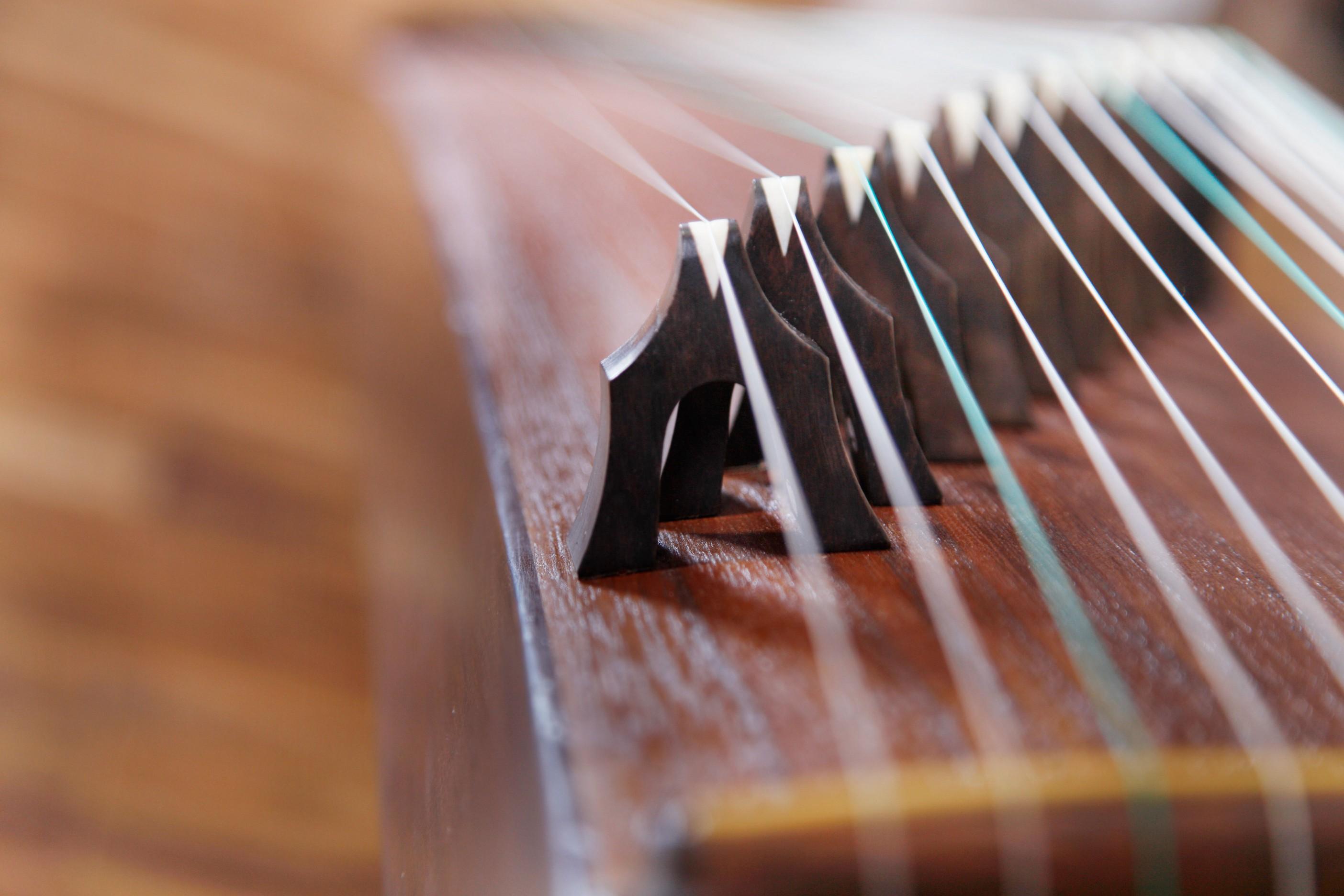 古筝琴弦缠绕方法