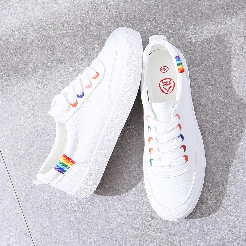 人本百搭小白鞋女秋季2018新款韩版学生帆布鞋平底板鞋基础白鞋子