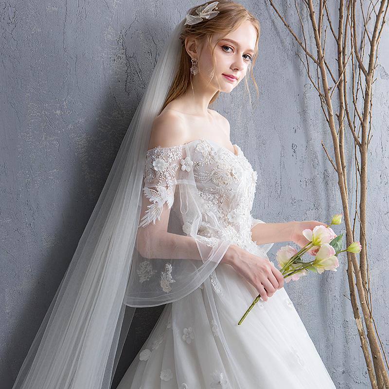 fd5a57fbaf6 Wedding 2019 new thin trailing word shoulder princess dream dress bride  large size Horn sleeves married Korean version