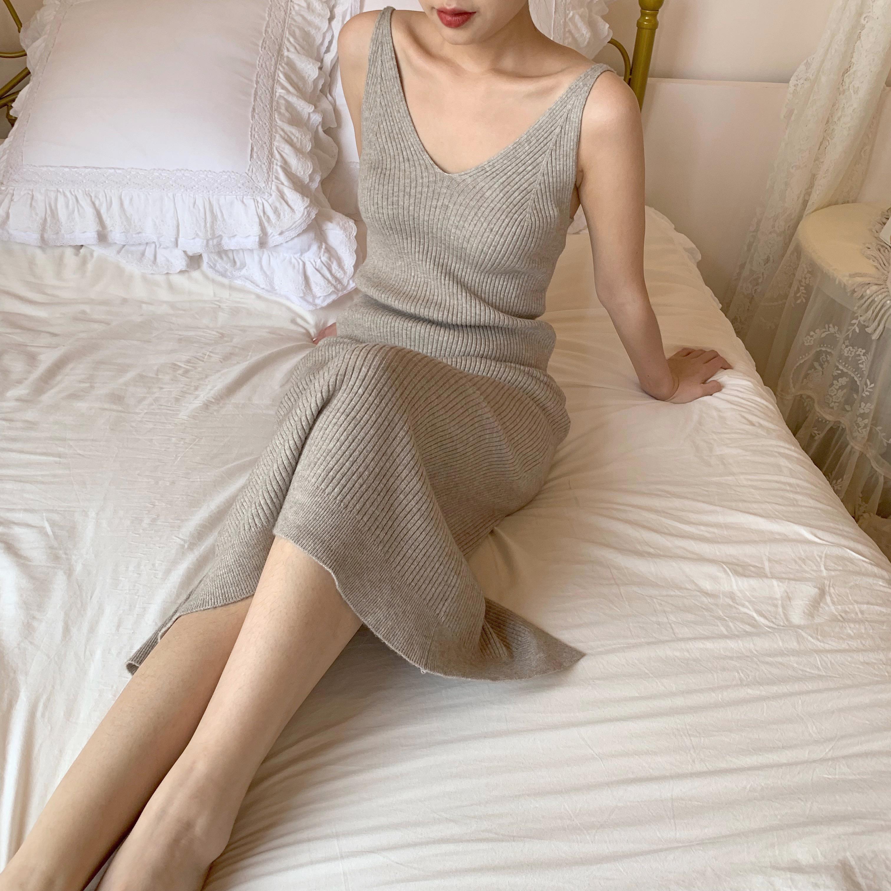 吊带领洋装女秋装年新款復古中长版内搭针织无袖背心裙女详细照片