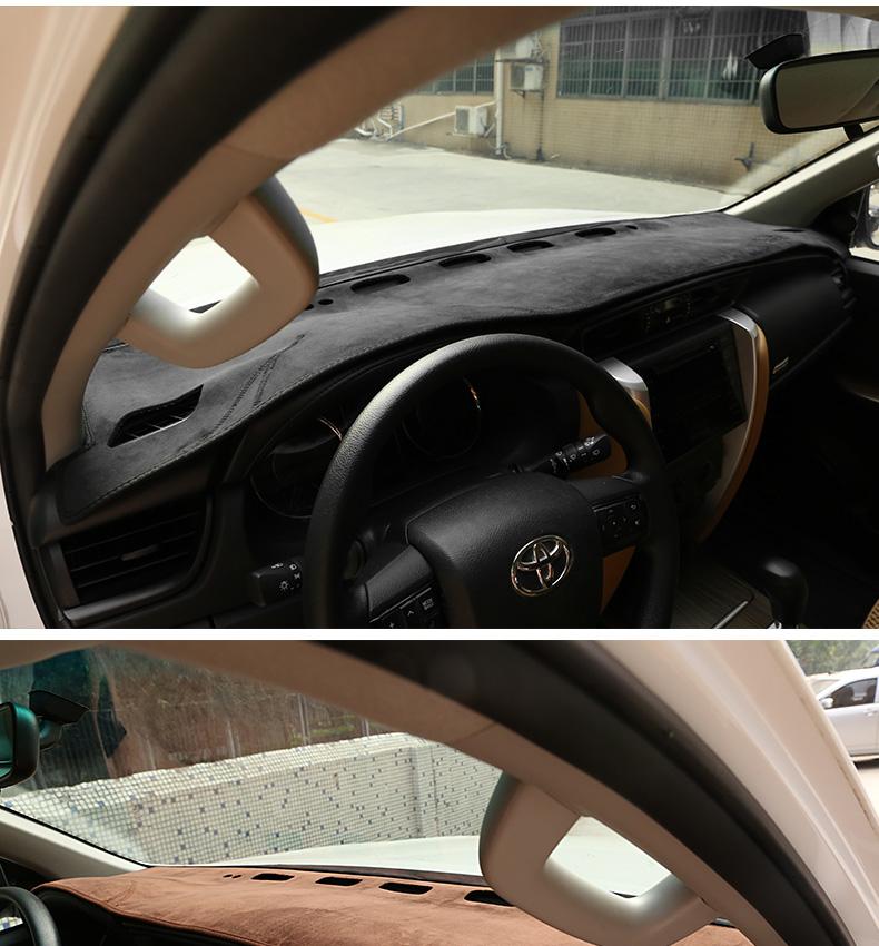Thảm chống nắng trên Taplo Toyota Fortuner 2015-2018 - ảnh 10