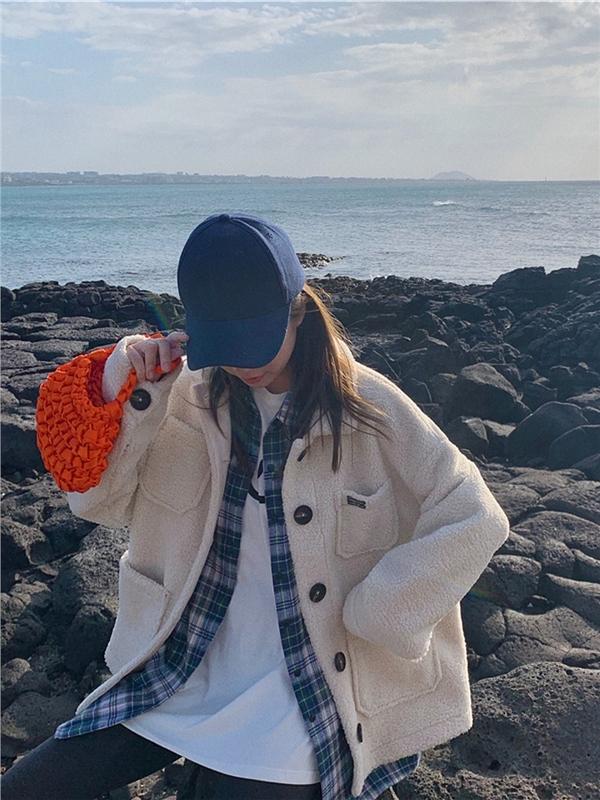 庄庄2019秋冬新款宽松棉服网红甜美可爱羊羔外相一体韩版短外衣女
