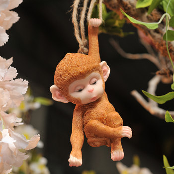 Outdoor garden patio small monkey tree decoration ornaments landscape gardening hanging ornaments creative cute living room at home