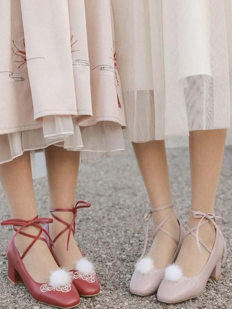 Phong cách cổ xưa giày cạp cao ban đầu giày đơn gót dày gót trung trang phục cổ đại Yếu tố Trung Quốc giày cao cổ hoang dã giày cao gót màu đỏ - Giày cắt thấp