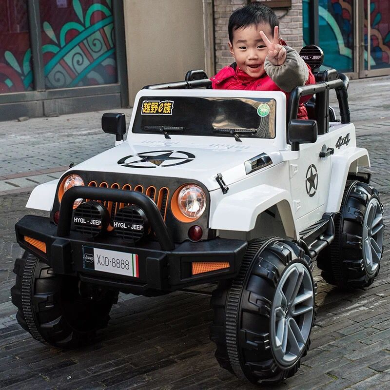 [PEARL WHITE] STRONG FOUR-WHEEL DRIVE + FOUR-WHEEL SUSPENSION + SWING + TWO-SEAT + EARLY EDUCATION +2.4G REMOTE CONTROL
