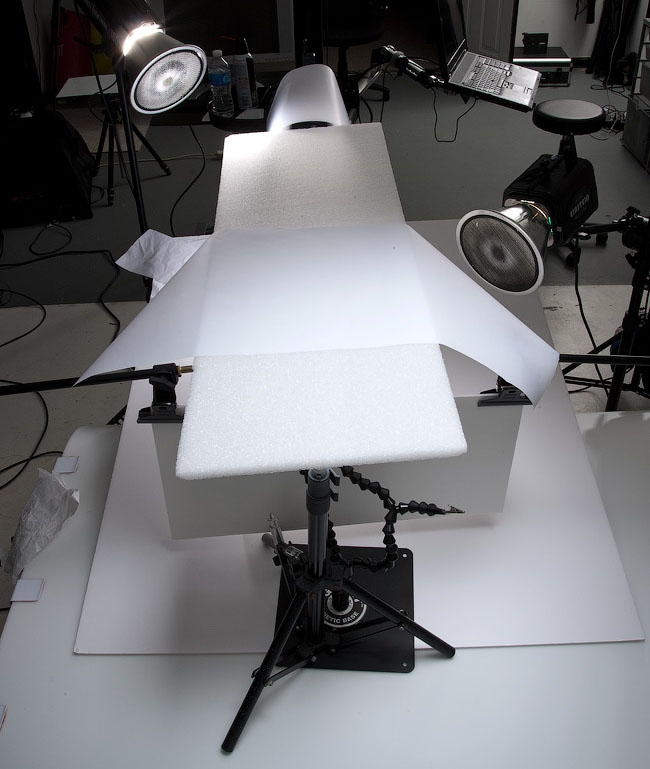jewelry-potography-how-to-ligthing-setup-rear.jpg
