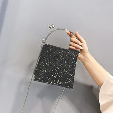 New small bag 2018 new wave chic chain sequin small square bag Korean version of the shoulder bag wild Messenger bag