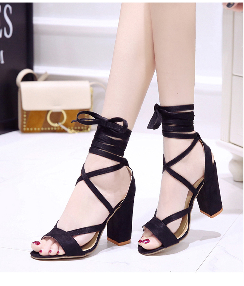 Summer new Roman style cross straps thick with sandals wild small fresh high heels. 24