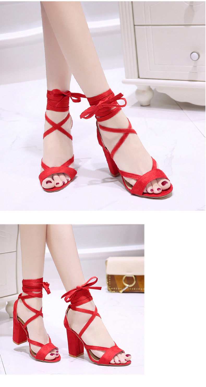 Summer new Roman style cross straps thick with sandals wild small fresh high heels. 15