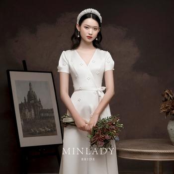 Свадебные платья,  Имя разнообразить | подобрать месяц уважение ликер одежда невеста 2020 новый французский простой cheongsam красный атлас свет свадьба небольшой церемонии одежда, цена 19340 руб