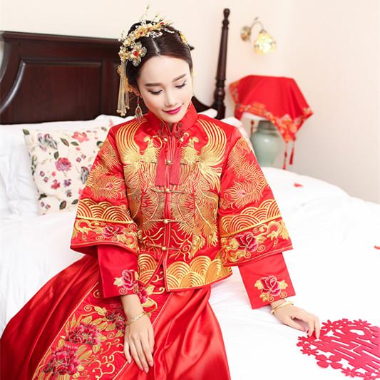秀禾服新娘结婚中式礼服2016春夏新款敬酒服古装嫁衣复古旗袍喜服