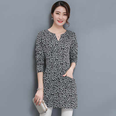Fat mm fat-shirt long-sleeved autumn was thin T-shirt Leopard Qiuku 2017v collar fat sister loose fat large size women's clothing