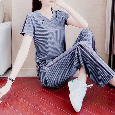 金丝绒时尚套装女夏2021新款宽松气质休闲V领时髦阔腿裤两件套潮