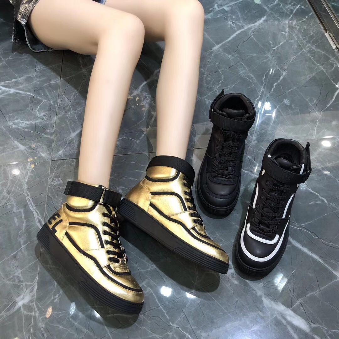 2019 осенью новый европа и америка обувь женская небольшой ароматный высокий квартира спортивной обуви ботинки ретро круглый кружево обувь casual 599972755143
